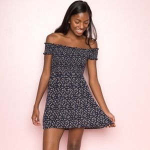 Brandy Melville Caley Dress